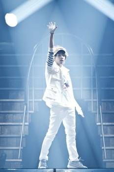 BIGBANG-YG-FAMILY_005.jpg