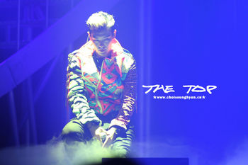 Big Bang TOP_010-1.jpg