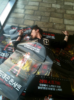 g-dragon_me2photo.jpg